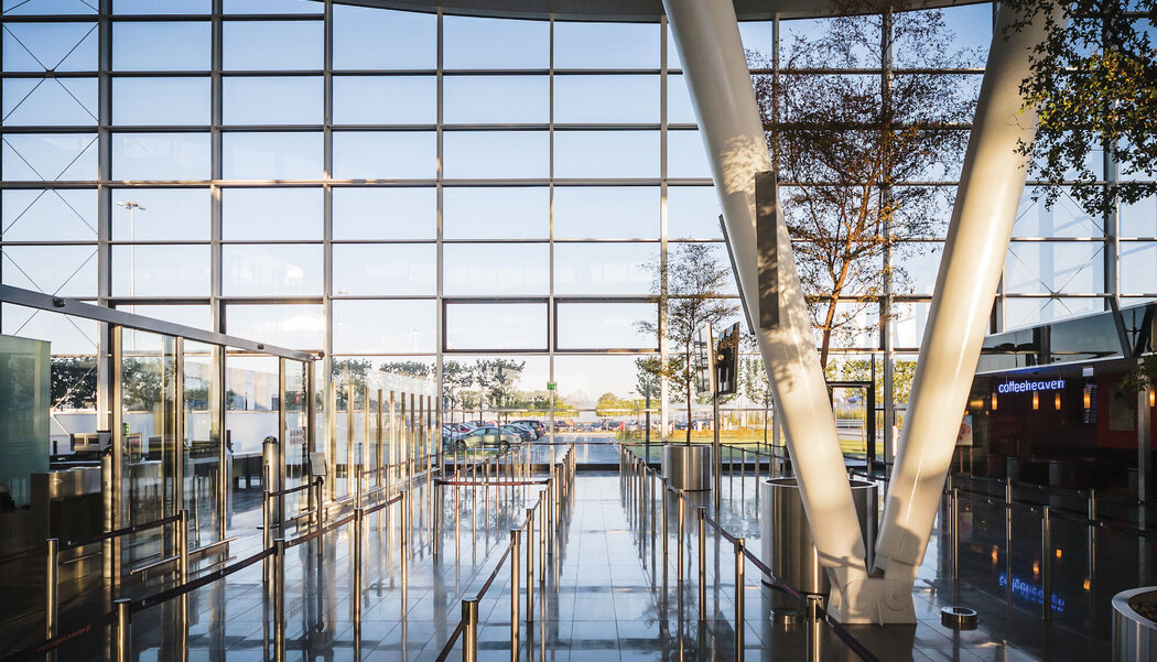 CW 50-FP Curtain Walls, CW 50-SG Curtain Walls, CW 60 Curtain Walls, CS 77 Windows, CS 59Pa Windows and CW 50 Curtain Walls - Airport MPL Passenger Terminal located in Wommelgem, Poland