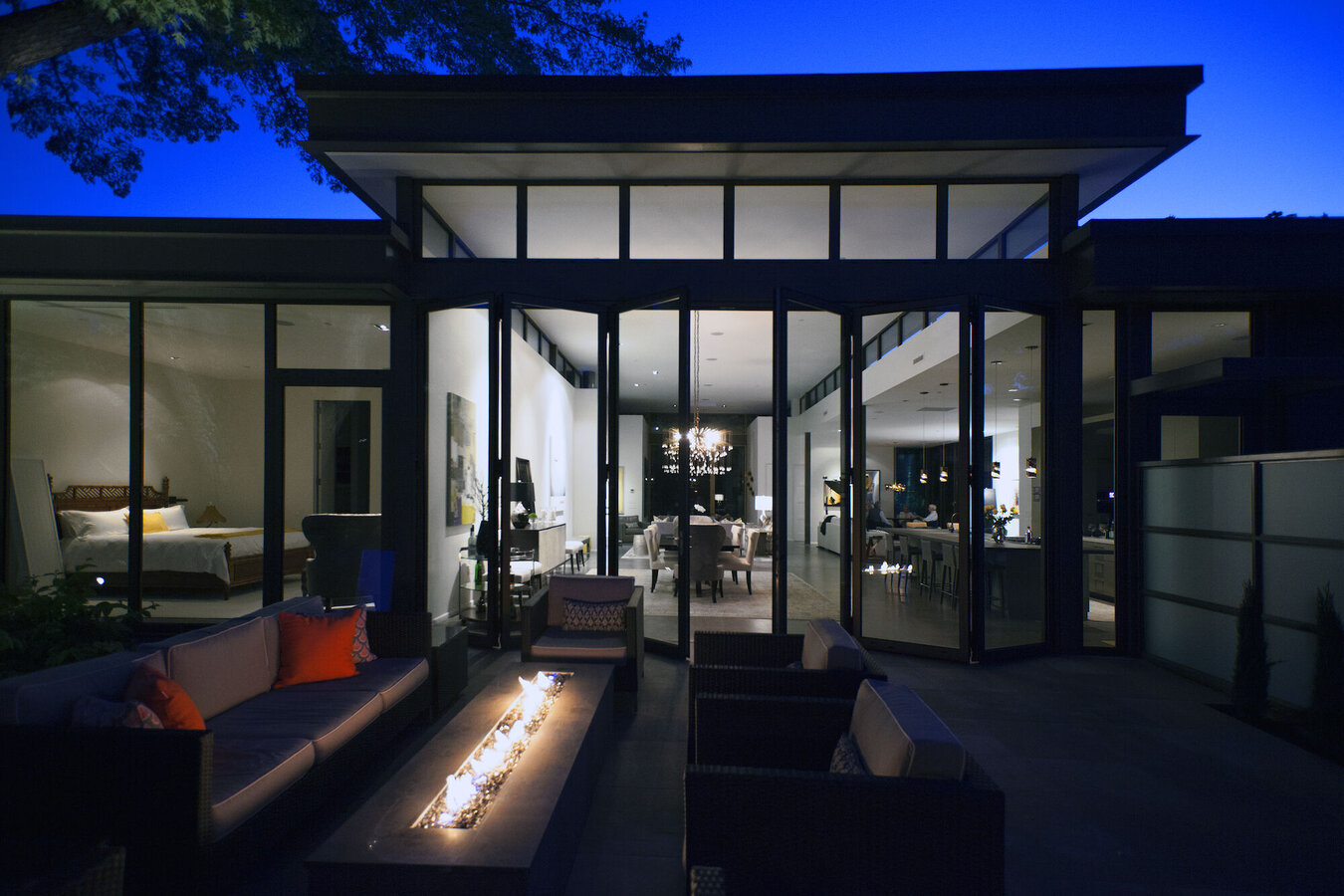 CS 68 Windows, CF 77 Sliding Systems and CS 68 Doors - Villa Modern Prairie House located in United States of America